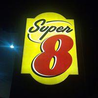 Super 8 Cottonwood logo