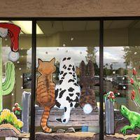 Desert Tails Animal Clinic logo